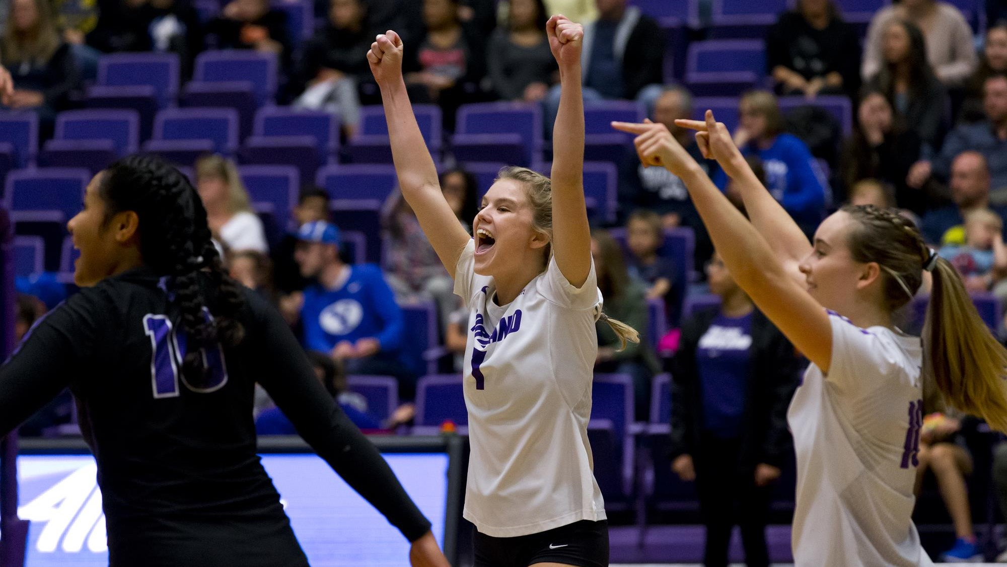 Pilots Complete Fifth Set Comeback, Defeat USF
